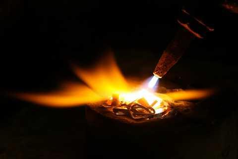 Feuerprobe Edelmetall Gold Silber Platin